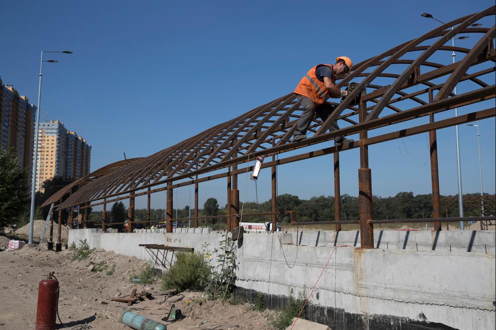 Screenshot_2019-09-10 Кличко показав, як будують нову частину Великої кільцевої дороги(7).png